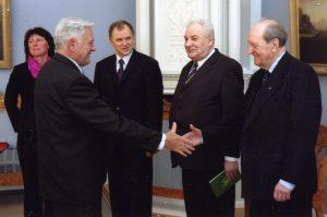 2004 m. priemimė pas Prezidentą V.Adamkų iš k. J.Jankevičienė, V.Andriukaitis, P.Čiočys,J.Grinbergas