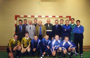 EHF teisėjų kursai .2001 m. Vilnius Stovi 5,6,7 iš kaires kursų vadovai J.Grinbergas,J.Ambruš (Slovakija), G.Gutermanas