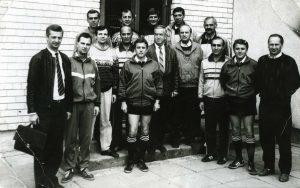 IHF teisėjų kursai Panevėžys 1992m.5 iš dešinės kursų vadovas J.Grinbergas, 1 iš kairėa kursų direktorius G.Gutermanas,1 iš deš. S.Žvironas, 8 iš deš. F.Gedvilas